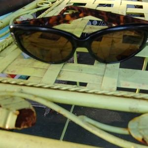 Vintage 90s Brighton sunglasses